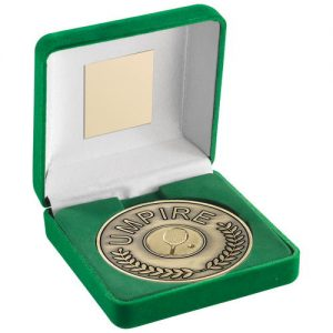 GREEN VELVET BOX AND 70mm UMPIRE MEDALLION WITH TENNIS INSERT – ANT GOLD 4in