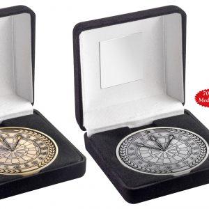 BLACK VELVET BOX AND 70mm MEDALLION DARTS TROPHY – ANTIQUE GOLD – 4in