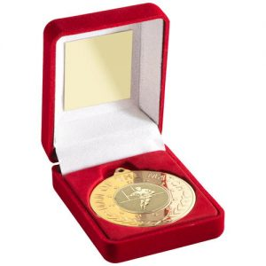 RED VELVET BOX AND 50mm MEDAL WITH RUGBY INSERT 'M.O.T.M' TROPHY – GOLD – 3.5in