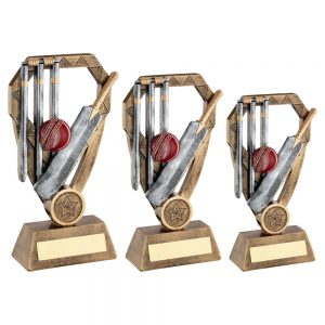 BRZ/PEW/GOLD CRICKET BAT WITH BALL AND STUMPS ON DIAMOND TROPHY