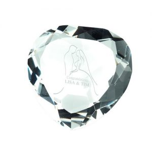 CLEAR GLASS HEART SHAPED PAPERWEIGHT IN BOX – 3in